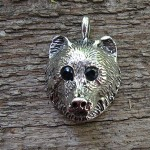 BEAR PENDANT WITH SAPPHIRE EYES