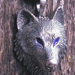 WOLF PENDANT WITH BLUE EYES