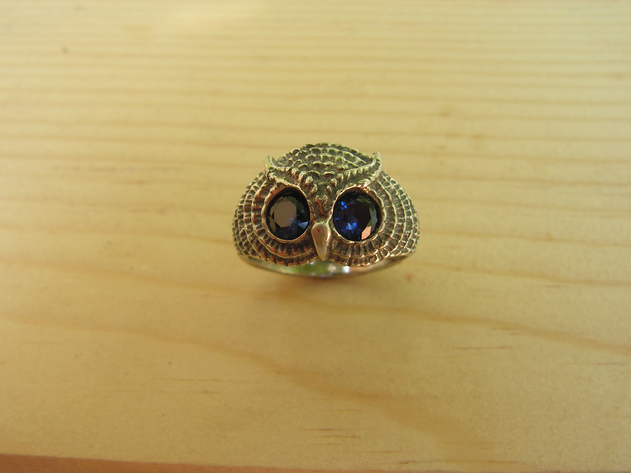 Sterling silver owl ring with sapphire eyes western for Sapphire studios jewelry reviews